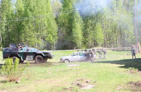 Штурм автомобиля с террористами