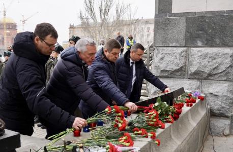 В Волгограде почтили память погибших в результате теракта