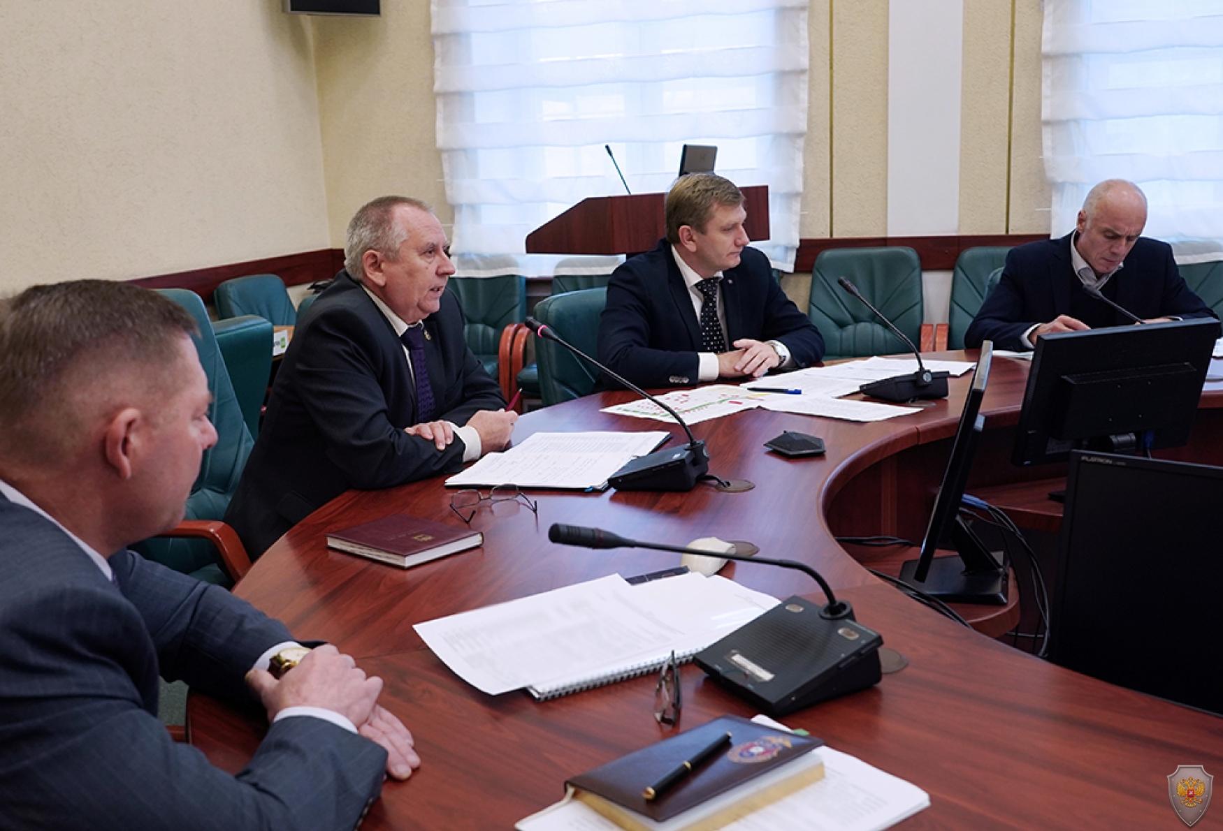 Руководитель аппарата АТК в Калининградской области А.А. Толстов проводит учебно-методический сбор с секретарями муниципальных антитеррористических комиссий