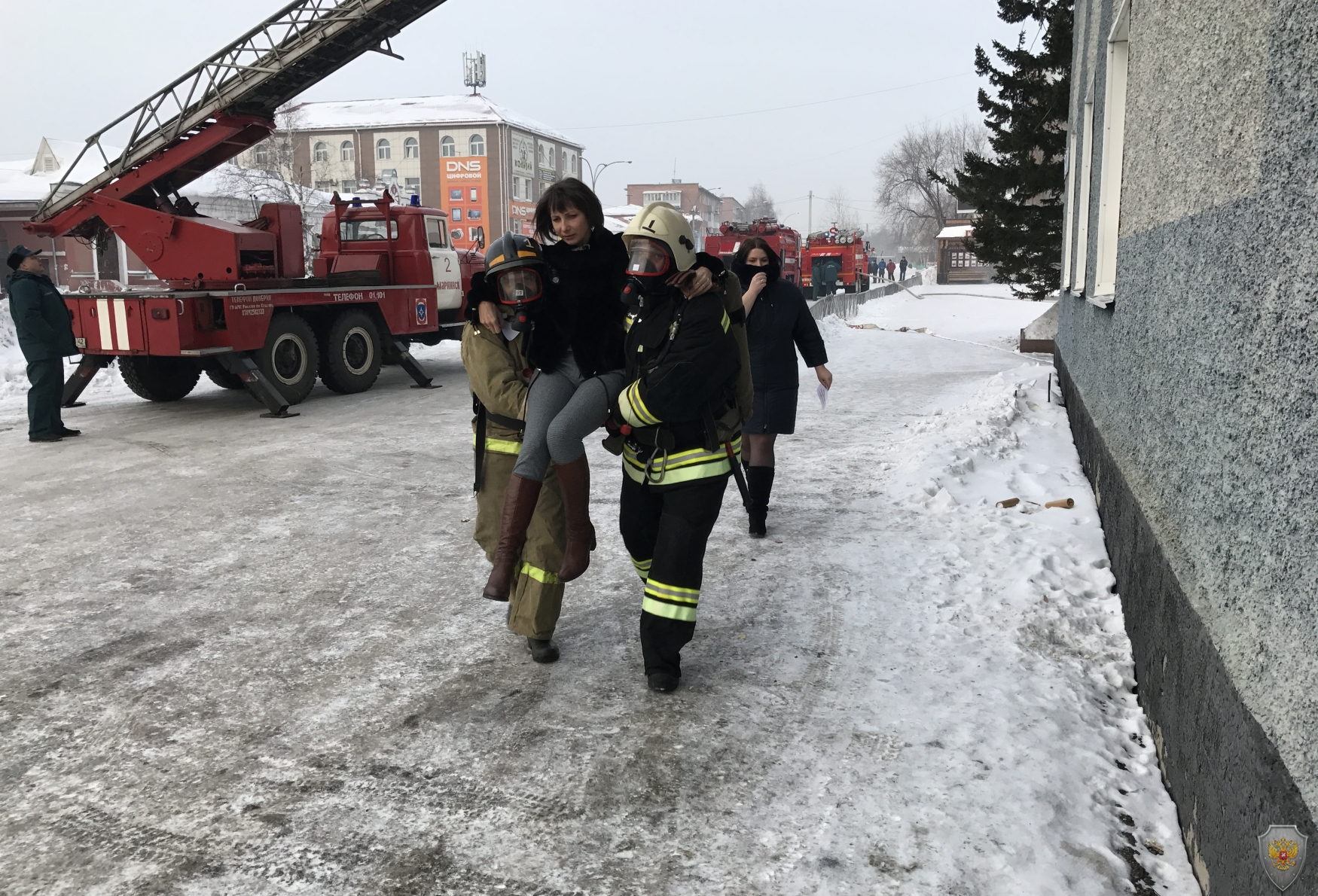 Эвакуация пострадавших в результате взрыва