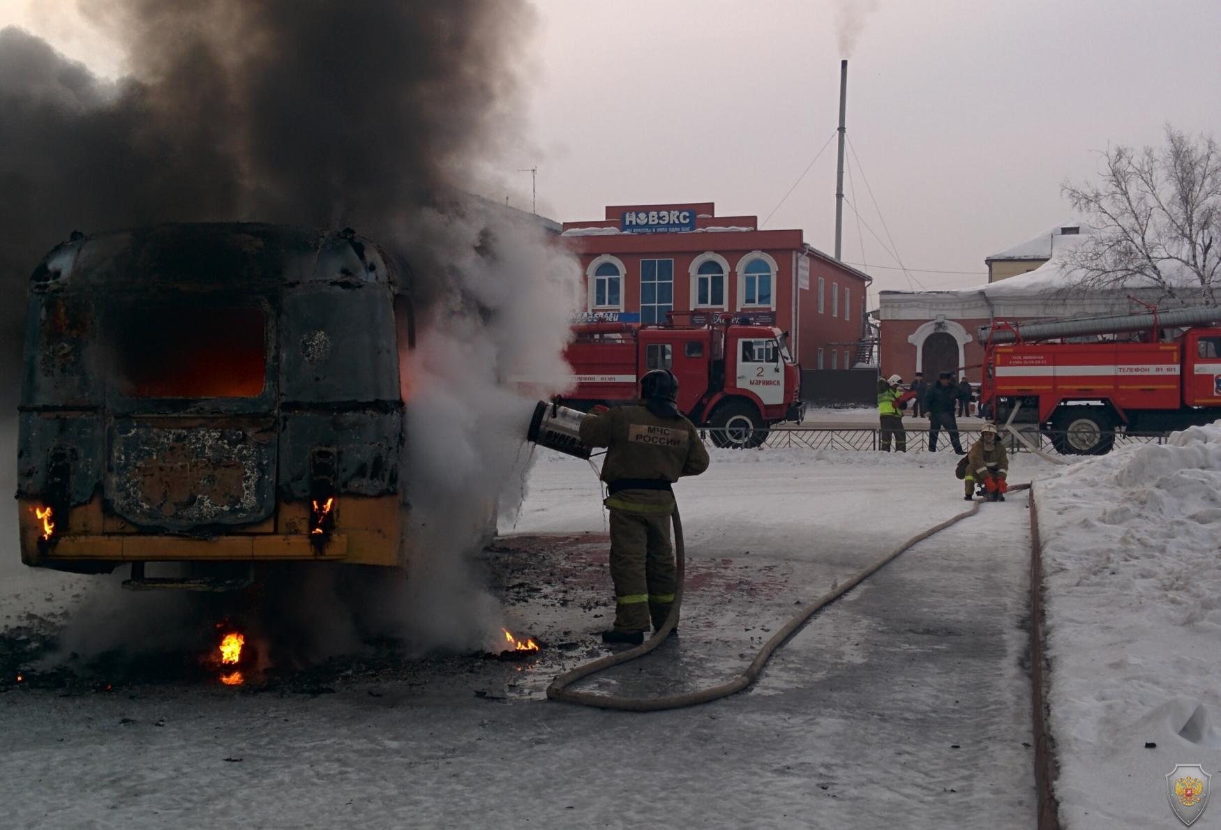 Ликвидация возгорания автобуса в результате взрыва