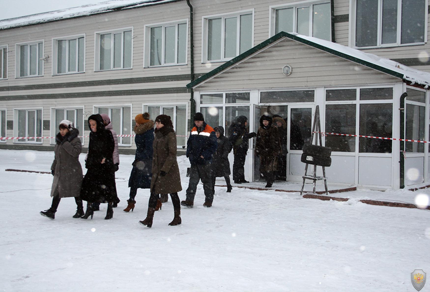 Эвакуация персонала шахты (административные работники)