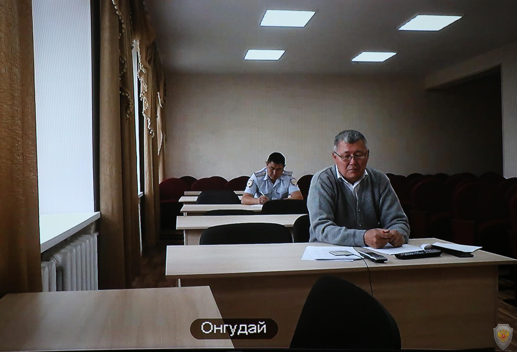 Заслушивание главы МО «Онгудайский район» М.Г. Бабаева о готовности районной избирательной комиссии к проведению выборов