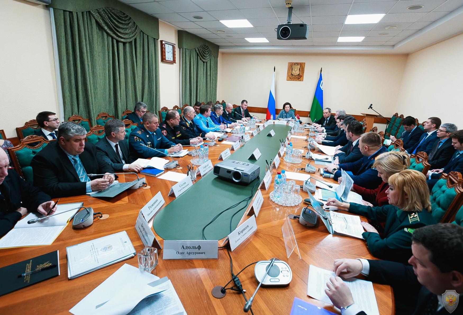 Прошло совместное заседание Антитеррористической комиссии, Оперативного штаба и постоянно действующего Координационного совещания по обеспечению правопорядка в автономном округе