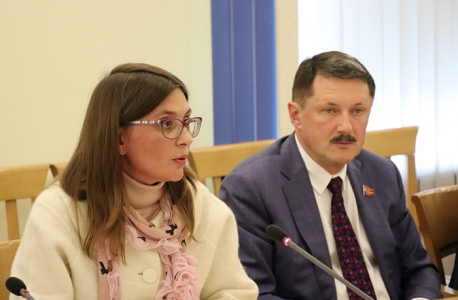 Вопросы обеспечения антитеррористической защищенности объектов образования обсудили в Алтайском крае