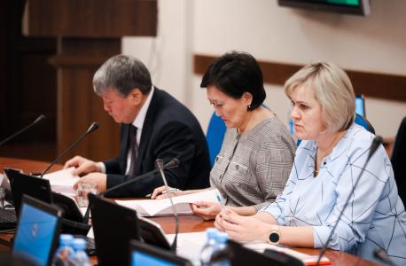 Айсен Николаев провёл заседание антитеррористической комиссии республики