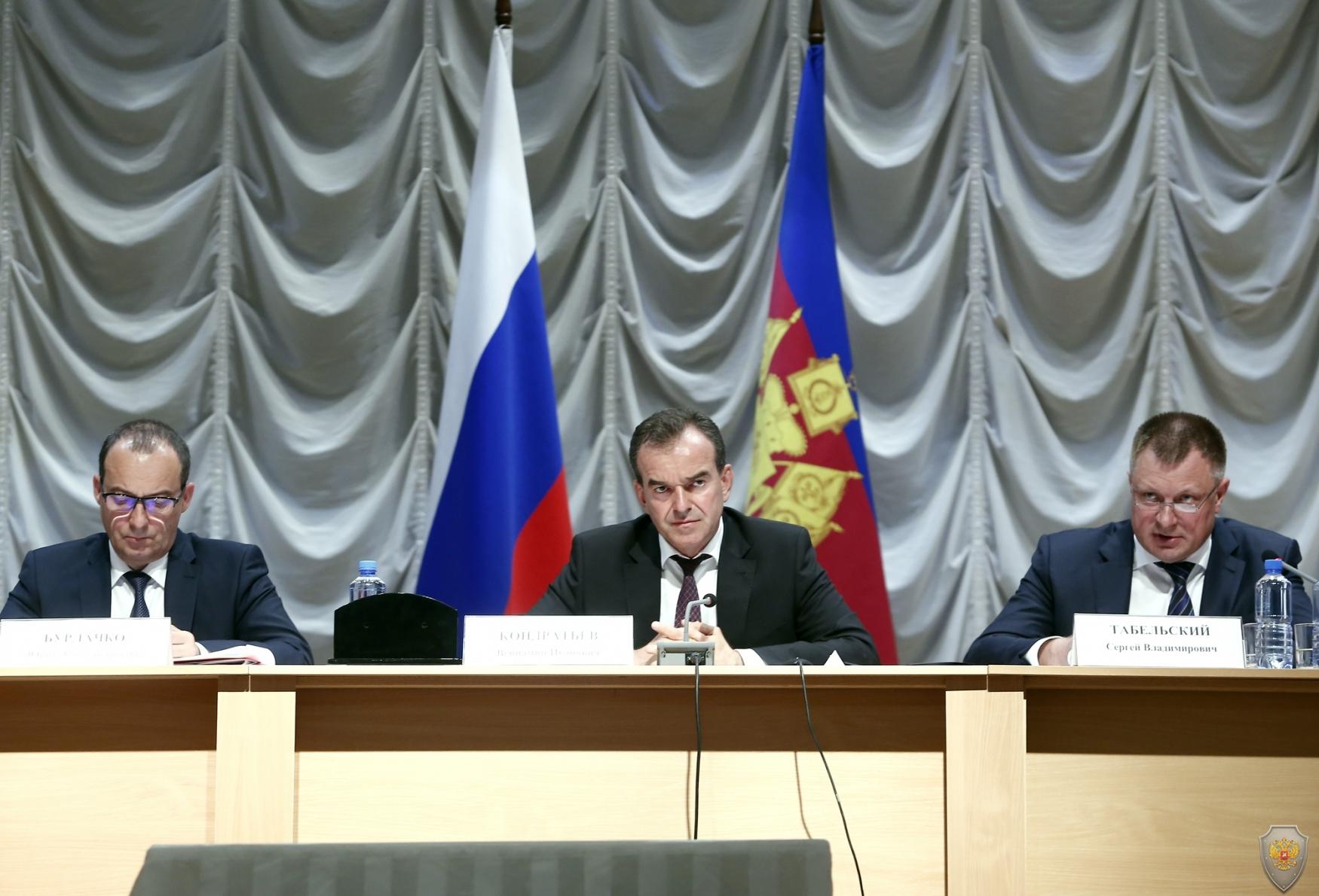 Прошло совместное выездное заседание Антитеррористической комиссии и Оперативного штаба в Краснодарском крае