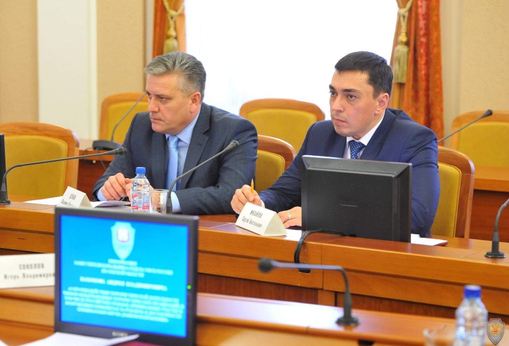 Участники заседания антитеррористической комиссии Омской области.
