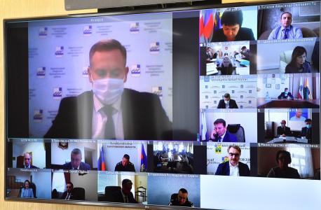 Состоялось заседание антитеррористической комиссии в Саратовской области