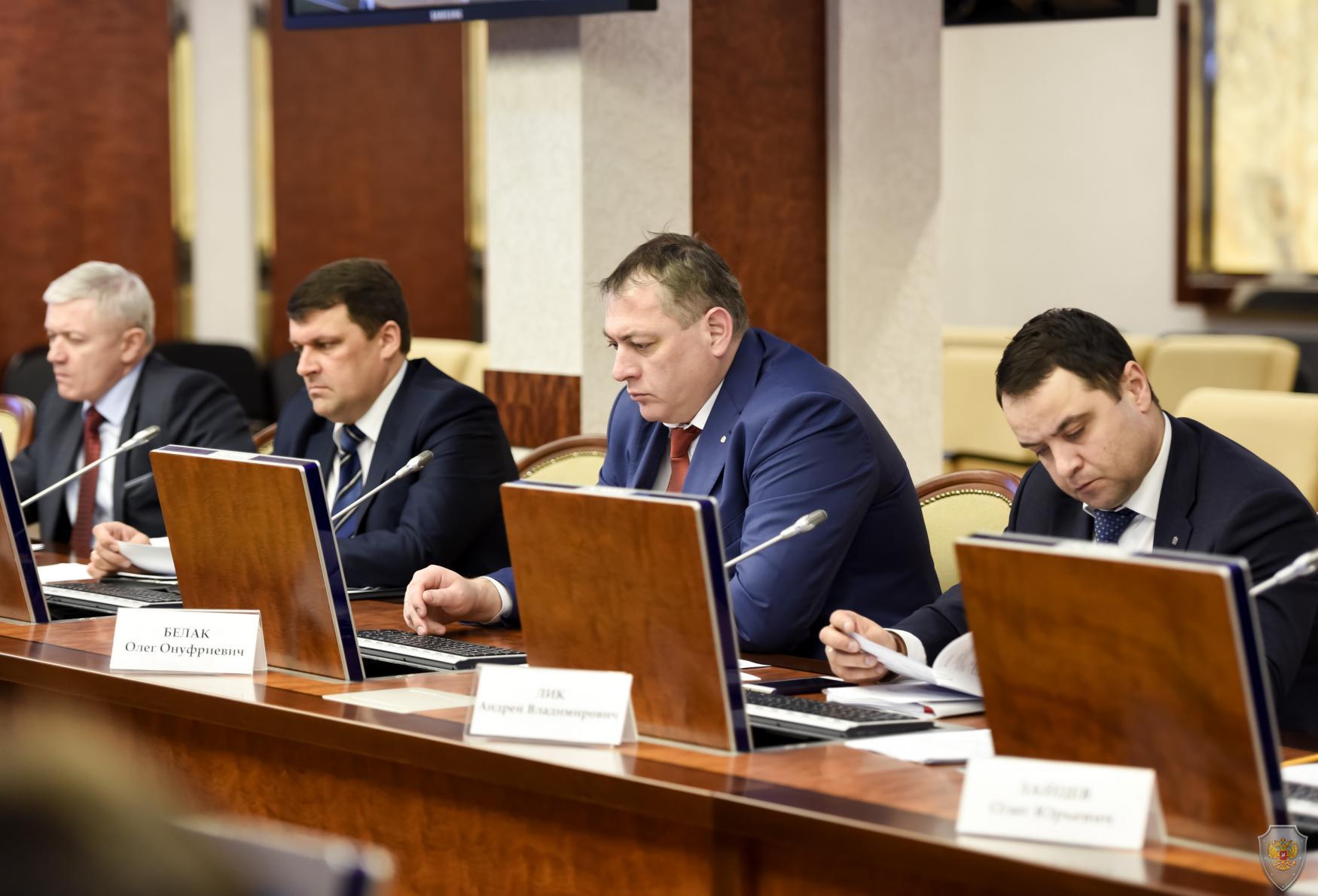 Заслушивание представителей муниципальных образований по вопросу совершенствования деятельности органов местного самоуправления в сфере профилактики терроризма
