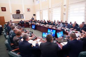 Антитеррористическая комиссия обсудила вопросы обеспечения безопасности в предстоящие зимние праздники