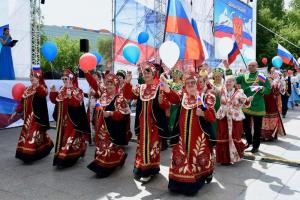 Тюменская область приняла участие в акциях, посвященных празднованию Дня России