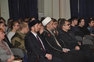 Управлением ФСБ России по Самарской области совместно с Самарским государственным университетом путей сообщения проведена конференция «Молодежь России против террора»