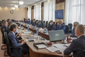 В Тыве на совместном заседании антитеррористической комиссии и оперативного штаба обсуждены вопросы безопасности во время выборов